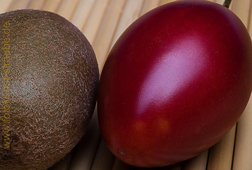 Kiwi und Tamarillo